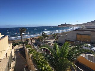 D&D Casa Medano - directly on the beach and kitesurfing spot