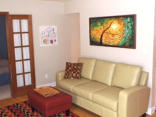 Chic 1 BD Condo, Downtown Boulder
