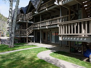 Timber Ridge 2B, Aspen