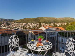 Apartment Puttilli - Two Bedroom Apartment with Balcony and Sea View