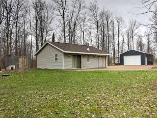 NEW! 1BR Pickerel Cabin on 17 Wooded Acres!