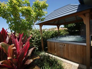 Anaheim Twin Home 1 | HOT OUTDOOR SPA | by Getastay