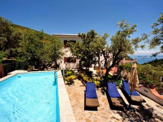 4 bedroom Villa in Sorrento, Campania, Italy : ref 5392543