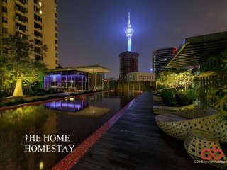 Luxury 3BR KL Tower Apartment in Town + Monorail, Kuala Lumpur