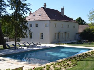 Maison Moree - Ancient Winemakers home in the heart of Mercurey