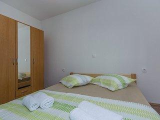 Apartment 12759