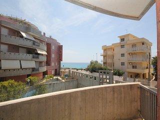 Beach Apartment, Ideal Location