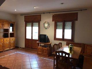 Beautiful house for Chillax (calm&localness)
