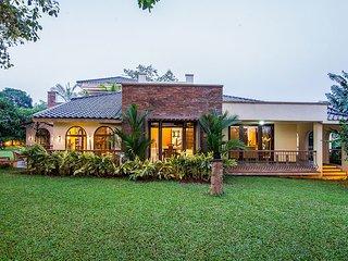 Avalon Villa