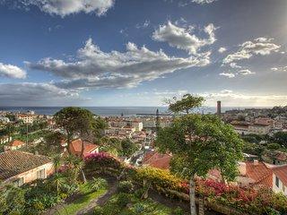 QUINTA COVA - a garden oasis in the city