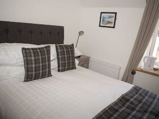 By The Bay Bed And Breakfast - Room 1, Peterhead