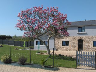 Gîte Le Magnolia 7 pers. avec piscine couverte et chauffée toute l'année !, Camlez