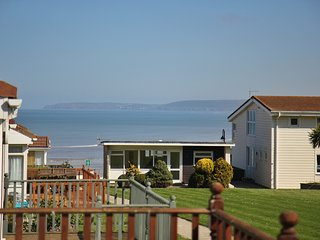 Beach Cottage 37 - Golden Bay Holiday Village, Westward Ho