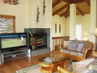 Hawaiian Destiny Oasis w/ Great Views of waterfalls,mountain & Hanalei Bay - ID