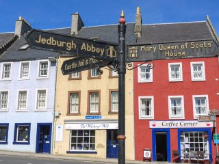 Queen Mary Loft Apartment, Jedburgh