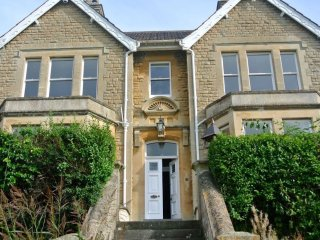 Grand period house with stunning views, Nr Bath