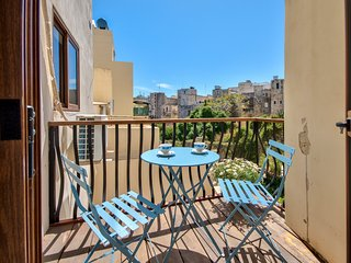 Off Balluta Bay, Modern, Sliema 2-bedroom Apartment