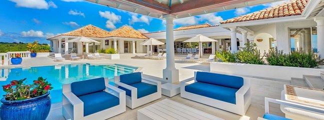 Villa La Bella Casa 4 Bedroom (Surrounded By Lush Tropical Gardens And
