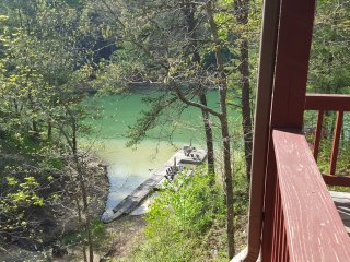 Nest over Fontana Lake Front Cabin