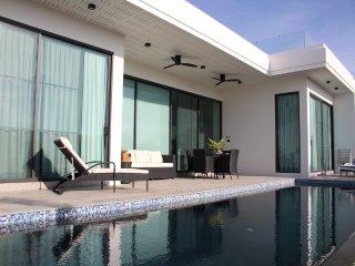 Villas for rent in Hua Hin: V6335