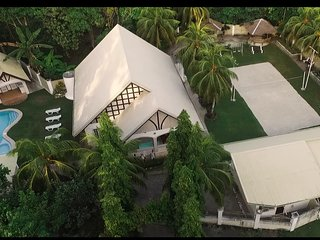 Panglao Villa Bohol with swimming pool perfect for family reunion