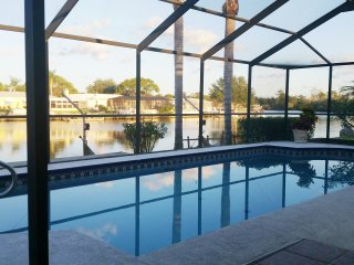 Waterfront pool home on Anclote River, access to Tarpon Springs & Gulf of Mexico
