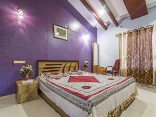 Peaceful 2-BR cottage, 1 km from Alibagh Beach