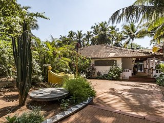 1-bedroom tranquil cottage for 3, 1.7 km from Calangute Beach