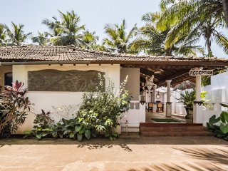 Peaceful abode for three, 100 m from Calangute Beach
