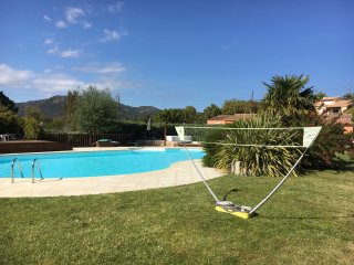 appartement T4 6/8personnes avec piscine chauffée Sainte lucie de portovecchio