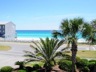 Gulf Winds 9 * FACES GULF OF MEXICO * UNBELIEVEABLE VIEWS * 2 BR TOWNHOME