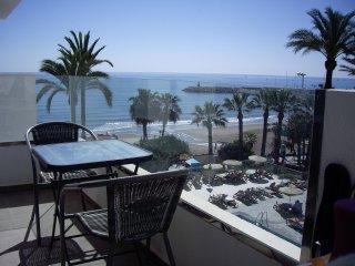 Apartamento  1ª linea en el Hotel  Aloha Costa Sol- La Carihuela-