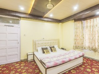 Comfy room 1.8 km from Mall Road, perfect for solo travellers