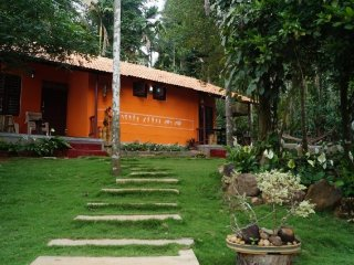 Well-appointed 2-bedroom homestay, amidst greenery