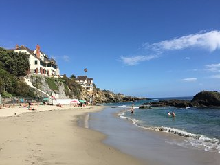 Authentic Beach Cottage 30 Night Minimum Stay, Laguna Beach