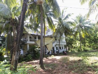 Restful stay for three, 2.6 km from Calangute beach