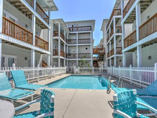 NEW! 2BR Fort Walton Beach - Steps from the Beach!