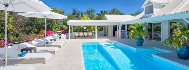 Villa La Magnolia 1 Bedroom (Villa La Magnolia Is A Gated Property Located