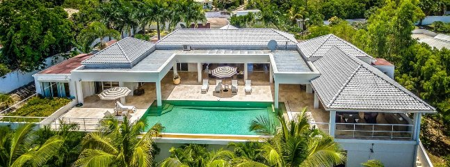 Villa Bamboo 2 Bedroom (This Stunning Two-bedroom Contemporary Villa Is The