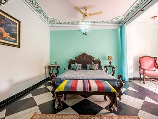 Court Shekha Haveli Room Blue