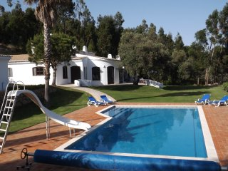 Mountainside Villa In Landscaped Gardens With Great Views & Pool, Monchique