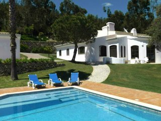 Mountainside Villa In Landscaped Gardens With Great Views & Pool