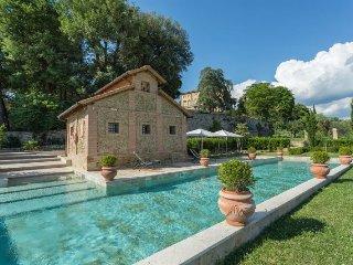 Castelnuovo Berardenga Villa Sleeps 15 with Pool Air Con and WiFi - 5218430