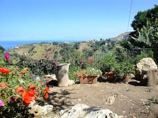 Villa Felici - collina Tropea vista mare