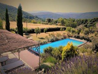 Charmant studio 20m2 piscine et jardin