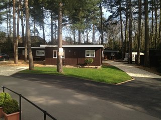 2 bedroom chalet, Finchampstead