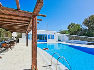 Maganos Frangiska Ena: Traditional one bedroom apt, for 2 persons, enjoys a