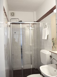 Bathroom with shower - Vacation beach  Apartments- Kiveri village close to Nafplion