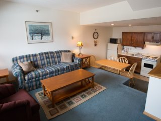 Sunday River Condo - Sunrise A-129, Newry
