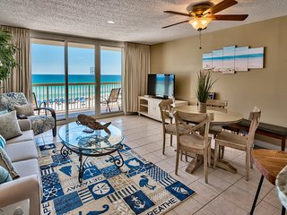 Pelican Beach Upgraded 5th Flr 1 bedroom Condo Superb Ocean views -on the beach-